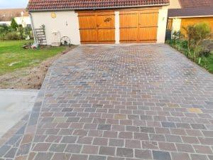 Poline entreprise : Réalisation terrasse et Aménagement allée en pavés de rue à Souesmes (41)
